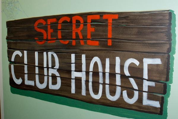 secret_clubhouse3