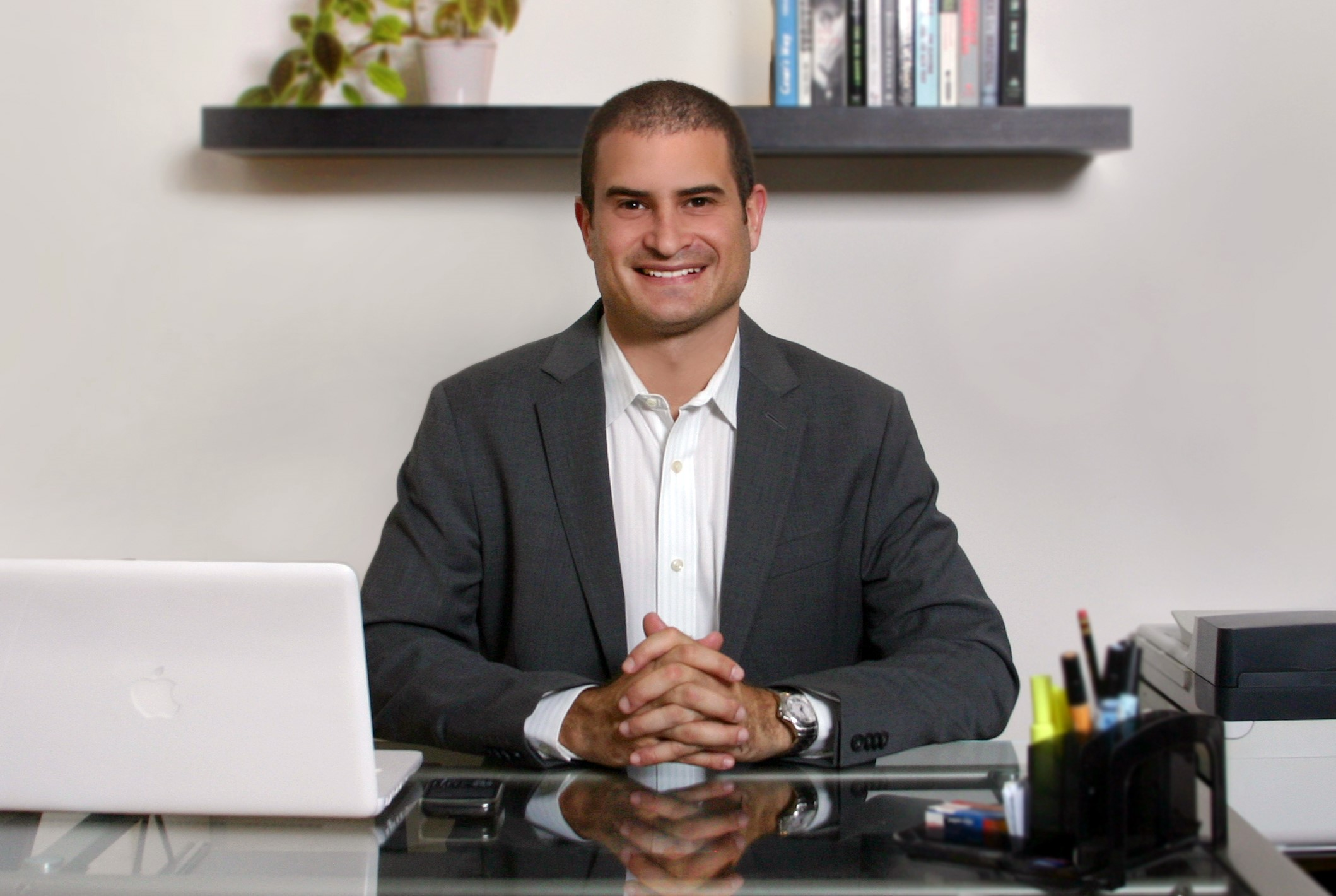 This Entrepreneur Went From $75 In His Bank Account To $3M In Revenue. Here's How